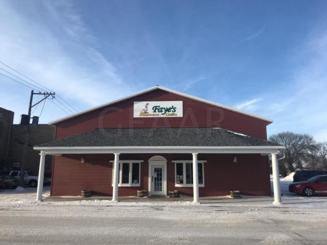 37 Center Ave. N. - Mayville